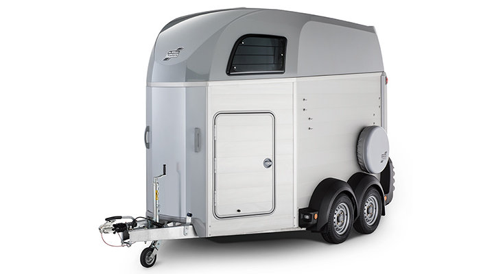 Silver Ifor Williams Horsebox HBE506
