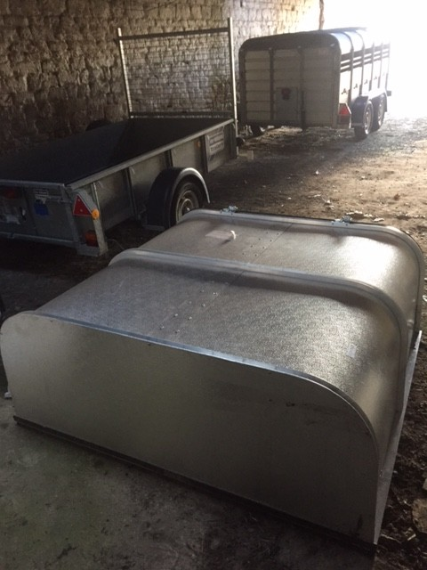 This is a brand new un used canopy for a Isuzu Rodeo/Chevrolet double cabu2026. Also fits Denver. It has a lock kit on and a solid door for keeping your ... & Used Trailers   Barnwell Trailers